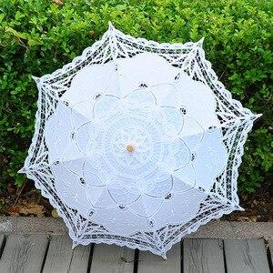 Image 2 - 2020 קיץ בציר תחרה כלה מטריות 68cm * 52cm לבן נשים שמש מטריית חתונה מטריית עבור הכלה שמש הגנת מטרייה