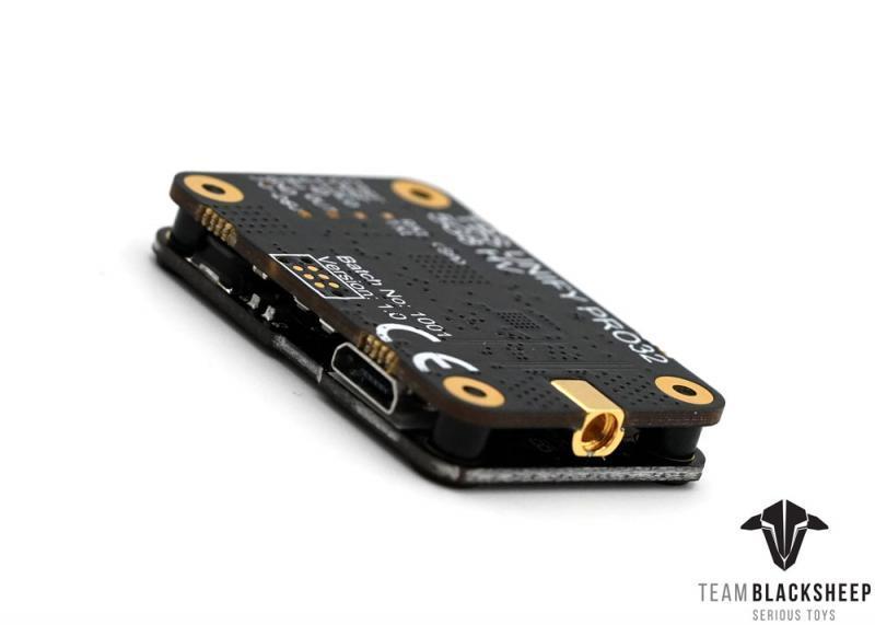 Fpv rc 레이싱 드론 rc 모델 용 mmcx 커넥터가있는 기존 tbs unify pro32 5g8 hv 비디오 송신기-에서부품 & 액세서리부터 완구 & 취미 의  그룹 3