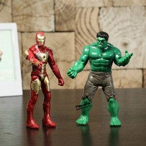 Image 4 - Super héros Iron Man la chose Hulk Captaib amérique Spiderman PVC figurines jouets 5 pièces/ensemble HRFG398