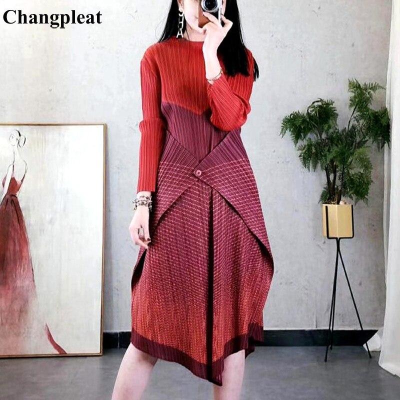 Miyak Changpleat 2019 wiosna nowy Stripe łączenie kobiet ubiera Miyak plisowana mody projekt jeden przycisk elastyczny pas damska sukienka fala w Suknie od Odzież damska na  Grupa 1