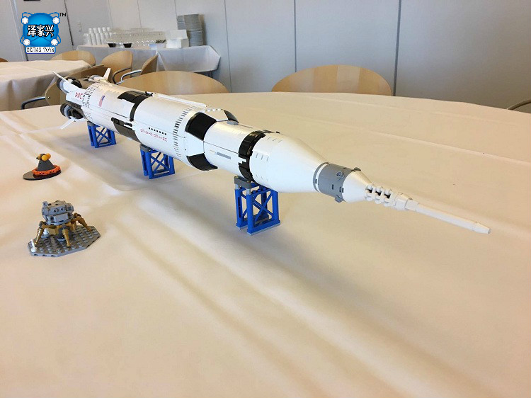 The Apollo Saturn V Building Bricks Blocks Figures Toys for Children Boys Game Model Gift Compatible with Lepins DIY Toys krennic s imperial shuttle building bricks blocks toys for children boys game plane weapon compatible with lepins diy model