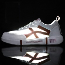 2019 Trend Youth Men Sneakers Air Mesh Breathable Walking Shoes White Comfortable Run Sport For Mens Skateboard Light