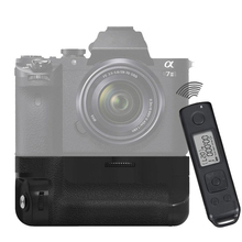 MK-A7II Pro Built-in 2.4g Wireless Control Battery Grip for Sony a7II a7rII a7sII