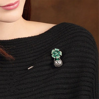 Green Retro National Style Sweater Antique Silver Alloy Brooch Clothes Corsage Shawl Pins Jewelry Female Wholesale