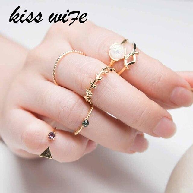 KISSWIFE 5PCS /Set Ring Charm Pink Crystal artificial Stone Geometric Triangular
