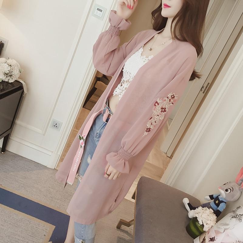 HTB10qbdQFXXXXcrXpXXq6xXFXXXD - Summer Kimono Cardigan Women 2017 Floral Embroidery Chiffon Blouse