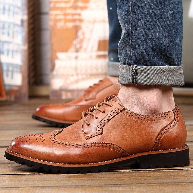 Для мужчин обувь официальная обувь с круглым носком обувь с перфорацией типа «броги» 2018 Новое поступление весна популярный стиль Мужская обувь Оксфорд Мужской Размеры 38–43