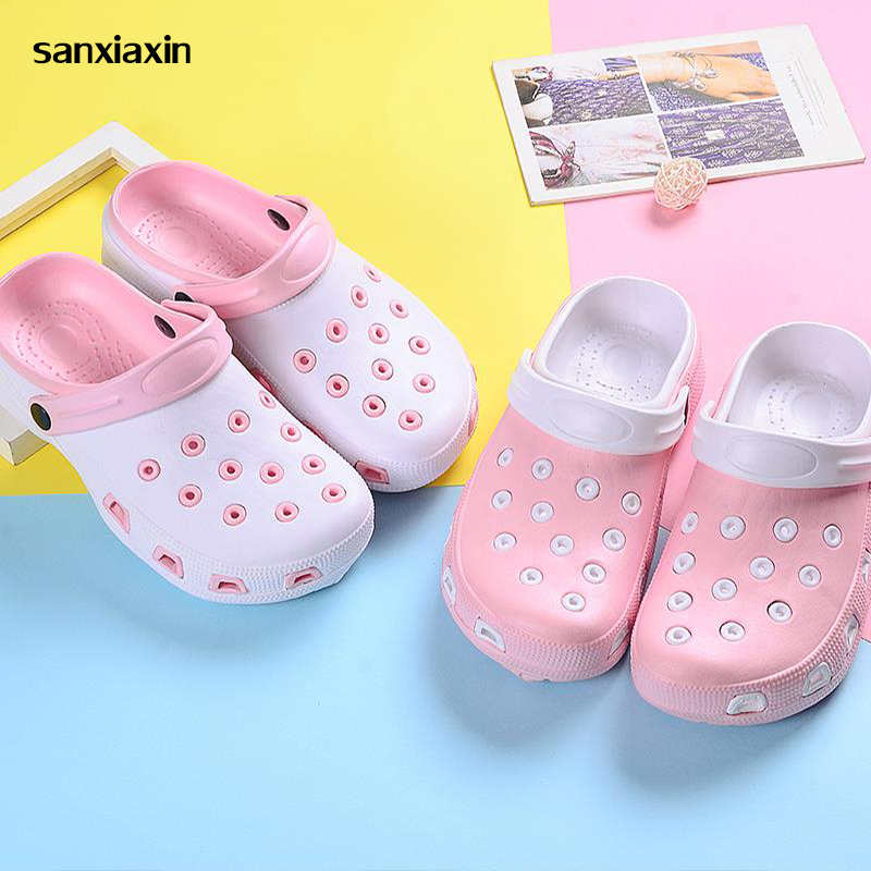 Sanxiaxin Comfortable Soft Bottom Anti-Slip Nurse Hole Breathable Slippers Nurse Shoes Hospital Medical Flat Non-slip Work Shoes