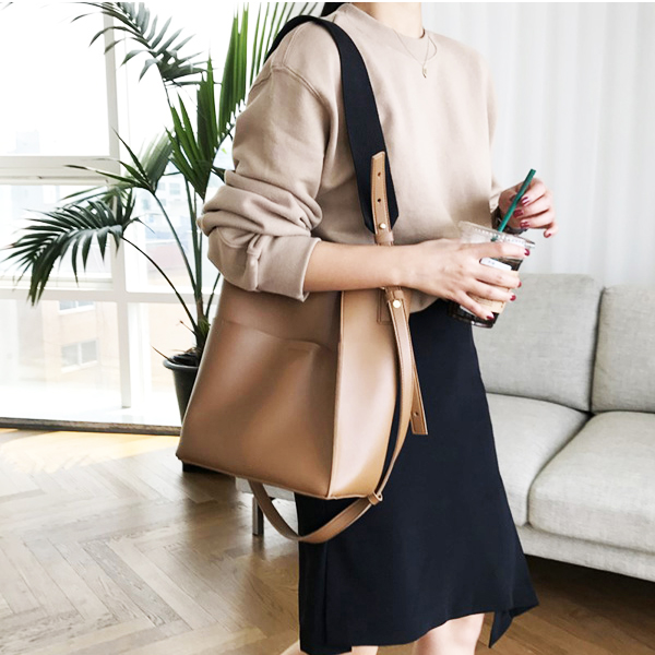 Luxury Handbags Bags Designer Limited Gate 2018 New Seoulchic Bag Width Shoulder Strap Single Large Capacity Tote Female Retro