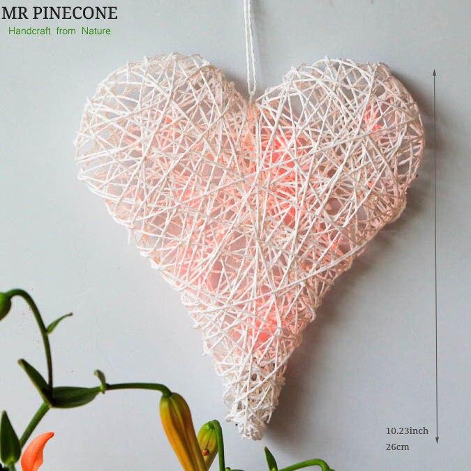 Ensemble de 2 Blanc Rotin Coeur avec des Lumières De Mariage Décoration Parti Accueil Room Decor Cintres Guirlande De Mariage de Valentine Jour décors