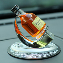 Car scents Air Perfume Freshener Diffuser Bottle Creative Cologne Flavoring Dashboard Decoration Ornament