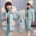 Meninas Jaqueta de Inverno Para Baixo Roupas Novas Crianças Colete Casuais Três-piece Suit Crianças Engrossar Roupas de Algodão Quente + Calças conjuntos
