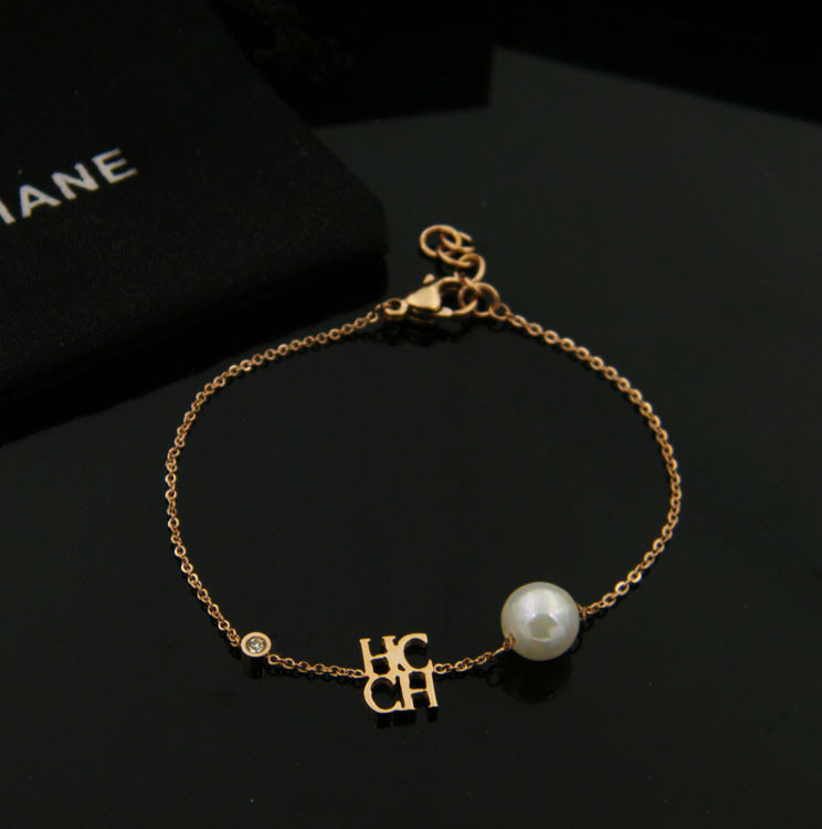 Carolina Herrera Chhc Ch Anium Steel Hand Chain Bracelet 02