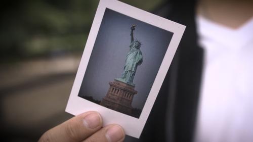 Skymember Presents: Project Polaroid By Julio Montoro Mentalism Magic Gimmick Close Up  Magic Tricks Card Magic Props Illusions