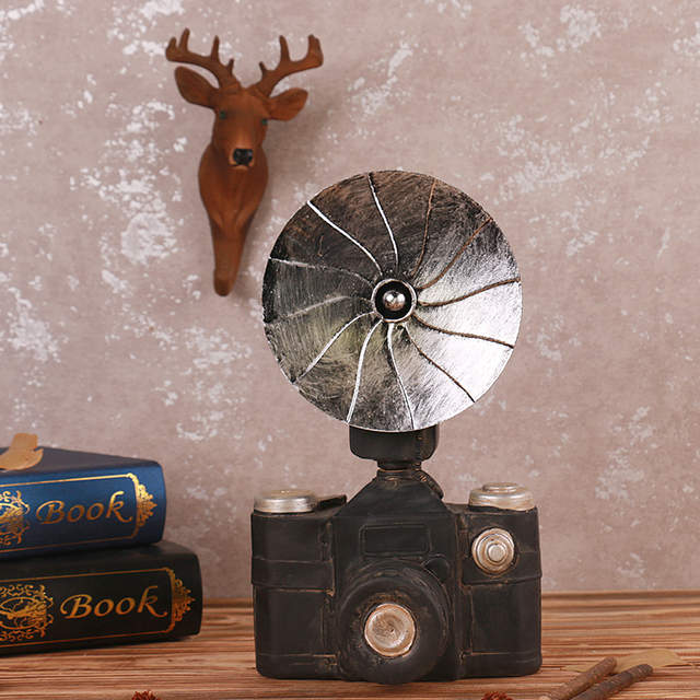 Vintage Style Old-fashioned Projector Resin Artificial Film Player  Telephone Camera Oil Lamp Retro Home Office Decoration Craft
