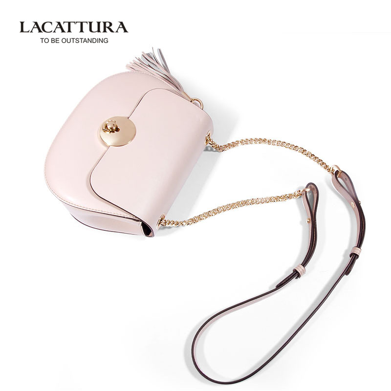 купить A1303 Fashion 2017 Tassel Messenger Bags Small Chains Bag Women Candy Color Female Handbag Shoulder Bag Women Bag недорого