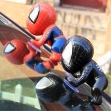 Cartoon plastikowe wspinający się spiderman akcesoria samochodowe okno Sucker Spider-Man akcesoria samochodowe ozdoby do dekoracji wnętrz tanie tanio MARTHSALUCK Red Black Car Decoration Car Accessories Car Accessories Interior Decoration Ornaments Dashboard Accessories