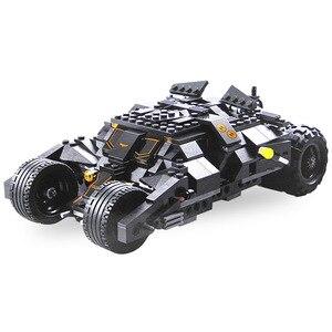 Image 2 - 325pcs Super Eroe Batman Race Truck Car Classic Building Blocks Compatibile Con Lepining Batman FAI DA TE Toy Set Con 2 figure