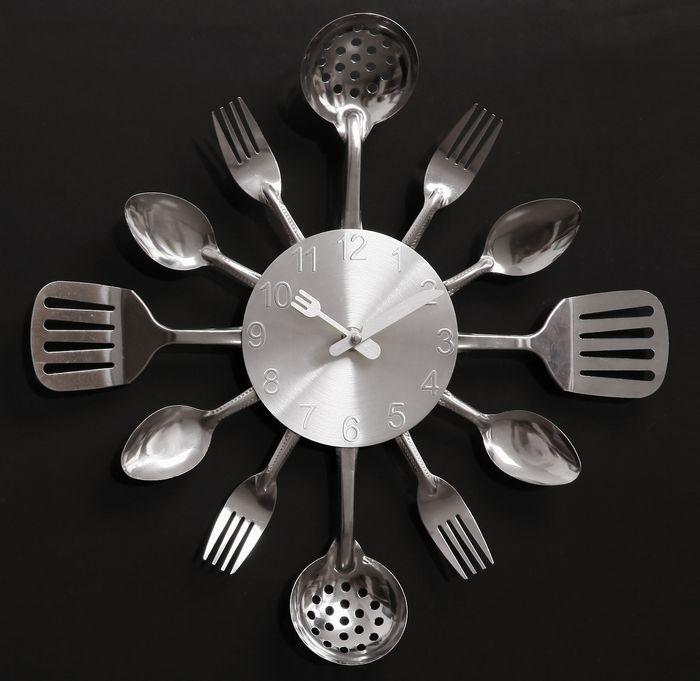 A002 quartz mute wall clocks Knife Fork Spoon Originality clock ...