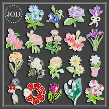 Flowers Embroidered Iron on Patches for Clothing DIY Stripes Clothes Patchwork Sticker Custom Rose Applique Suppliers 3pcs pink flowers pearl clothes embroidered sew on patches for clothing diy stripes motif appliques parches