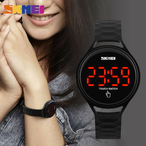 Image 3 - SKMEI 여자 스포츠 시계 터치 스크린 LED 디스플레이 PU 스트랩 여자 패션 캐주얼 시계 디지털 시계 손목 시계 방수 1230