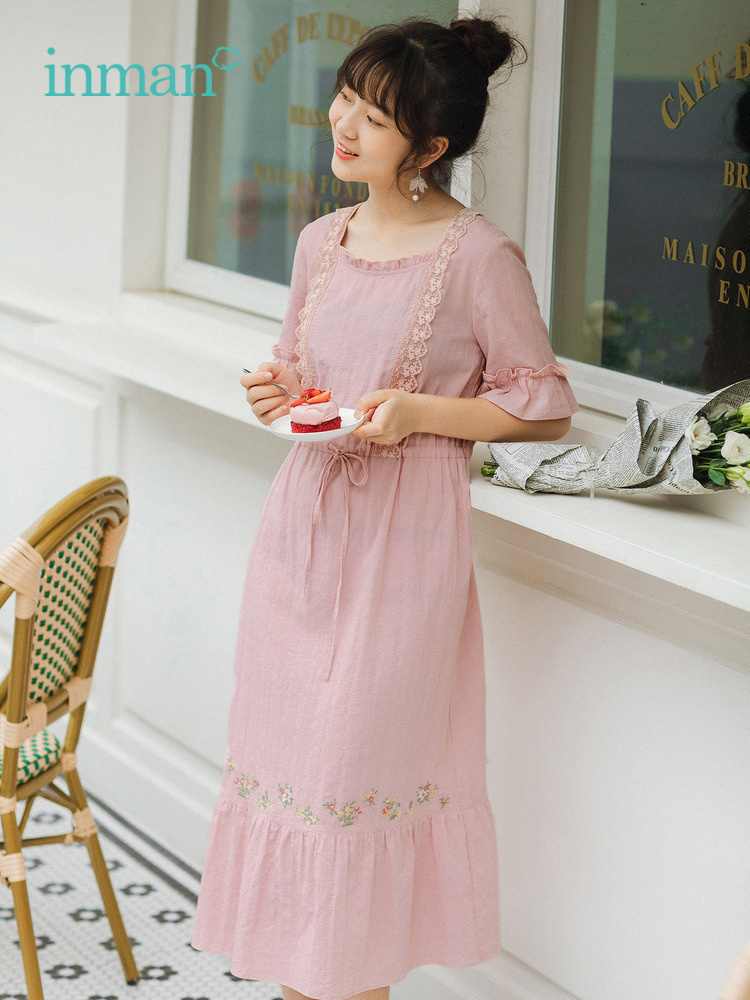 INMAN 2019 Summer New Arrival Pretty Lace Square Collar Flare Sleeve Lace Embroidery Literary Women Dress