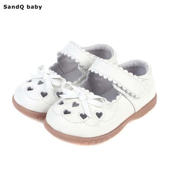 2019 New Summer Genuine Leather Children Sandals for Girls Hollow Out Bowtie Kids Sandals Heart-Shaped Girls Princess Shoes