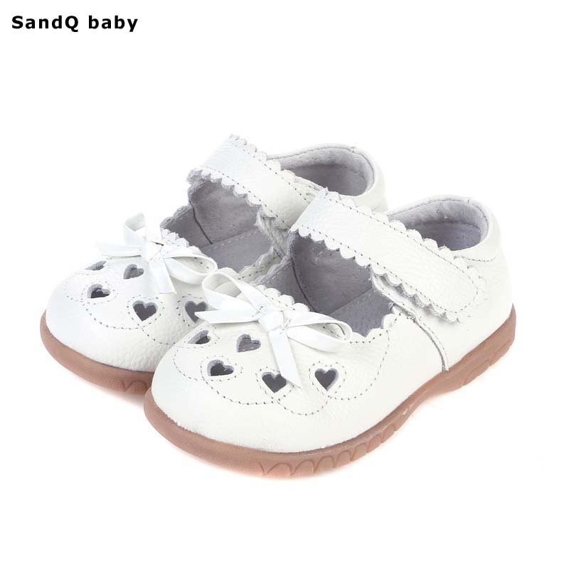 2018 Summer Genuine Leather Children Sandals for Girls Hollow Out Bowtie Kids Sandals Heart-Shaped Girls Princess Shoes
