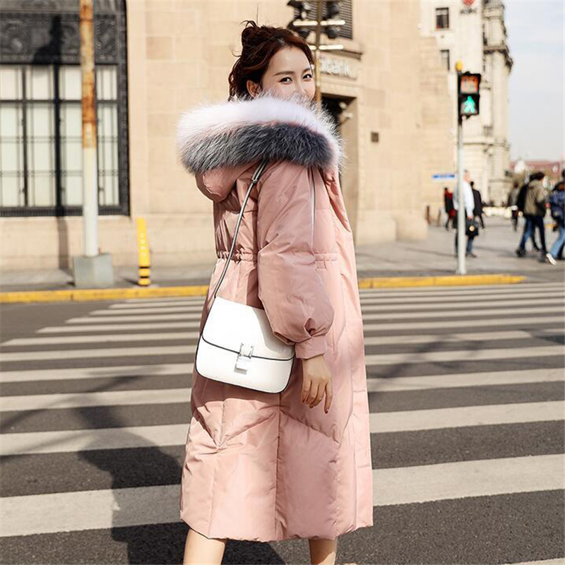 2018 New Fashion Real Raccoon Mink Fur Collar Winter Women Long   Coats   Female White Duck   Down   Hooded Zipper Warm Thick Jacket D28
