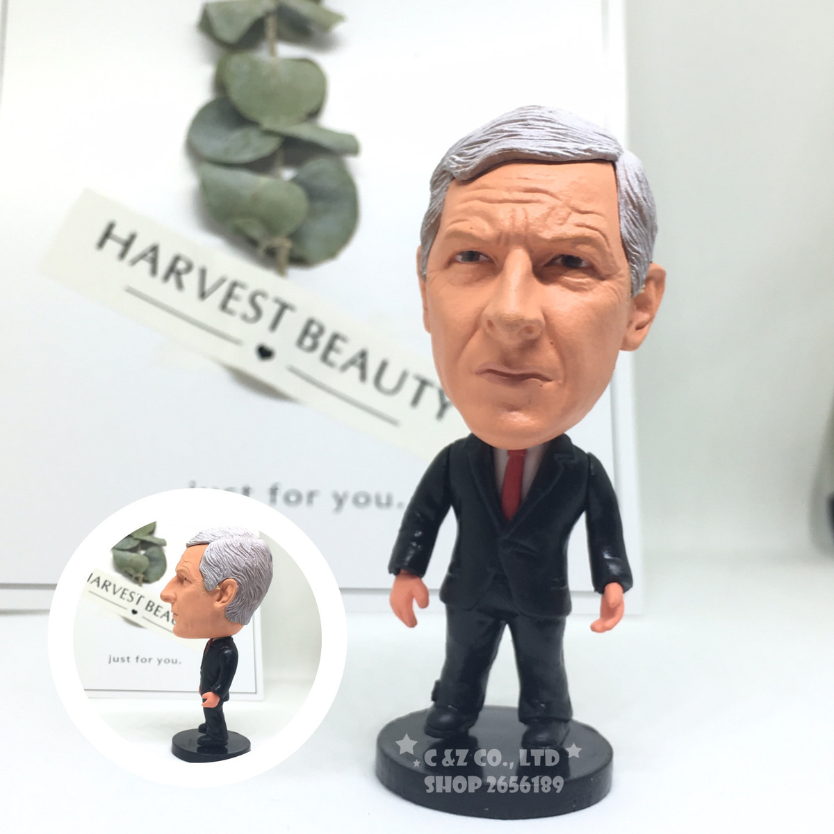 Soccerwe figurine football stars WENGER suit version Movable joints resin model toy action figure dolls collectible gift