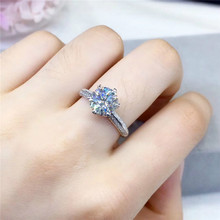 2 Carat Moissanite Engagement Rings for Women S925 Silver Platinum Plated Round Six Prong Setting Cleaness with Certificate