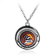 Fairy Tale Snow White and Prince Charming Necklace Once Upon a Time Emma Drama Swan Amulet Pendant Necklace For Women Jewelry