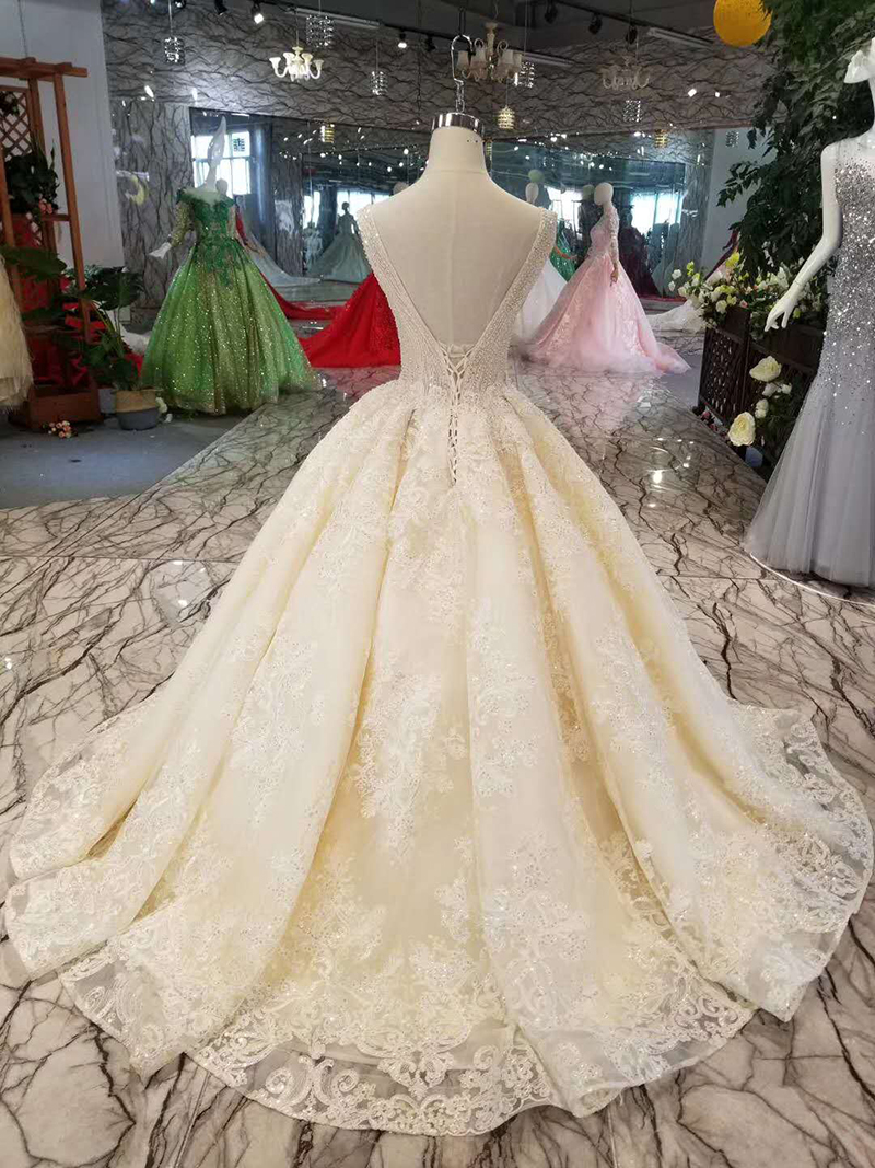 LSS1011 sexy sleeveless wedding dresses floor length appliques v back shiny beauty wedding gowns free shipping high quality-in Wedding Dresses from Weddings & Events    2