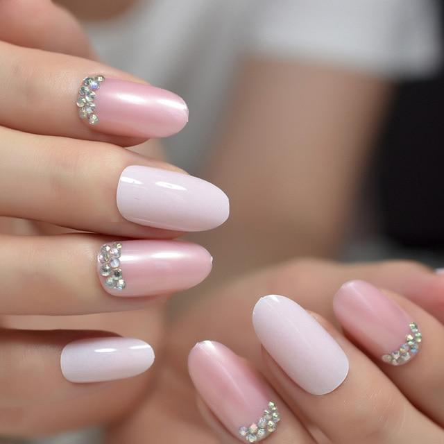 Light Pink Rhinestone Jewellry Nails Medium Oval Glossy Fake Nails ...