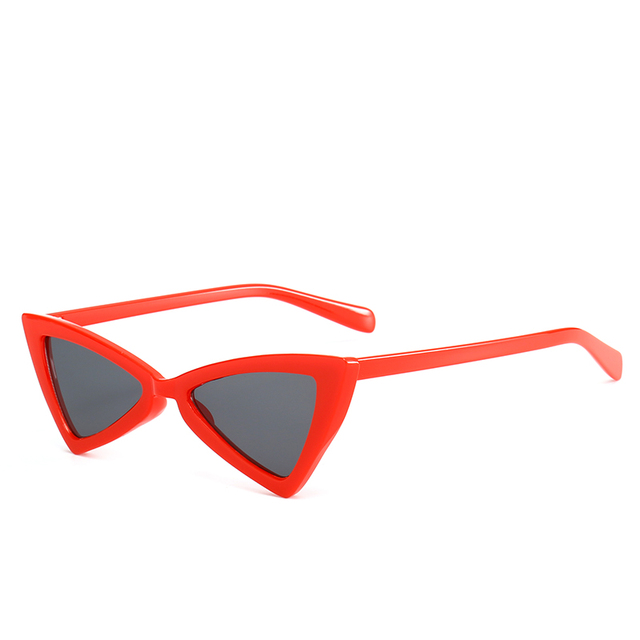 Vintage Women Sunglasses Triangle Black Ladies Sunglass Retro Red Color Eyewear Gradient Lens Glasses