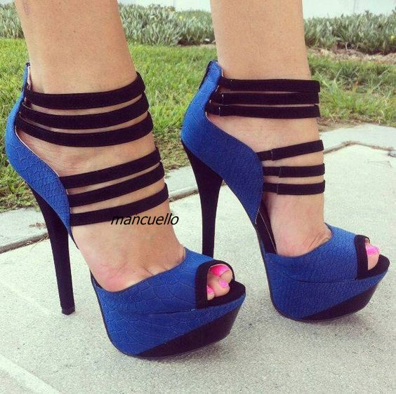 Здесь можно купить  Classy White Black Matched PU Leather Platform Sandals Sexy Cut-out Bandages Decorated Shoes Peep Toe Stiletto Heel Dress Sandal  Обувь