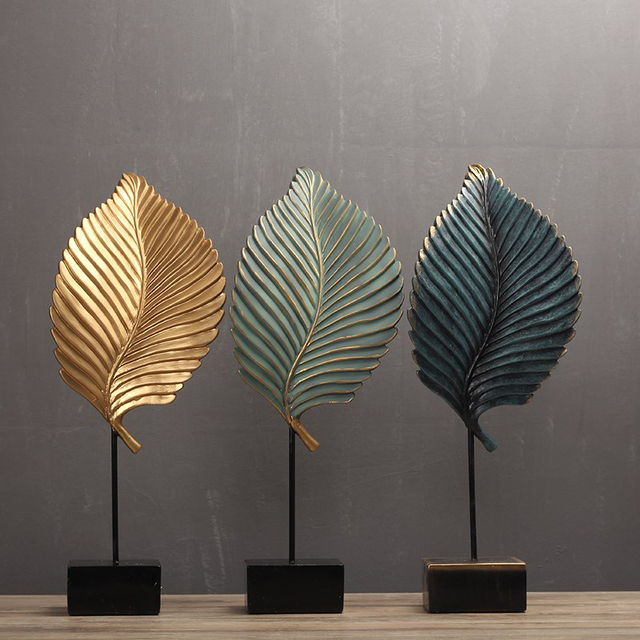 Resin Leaf Figurines
