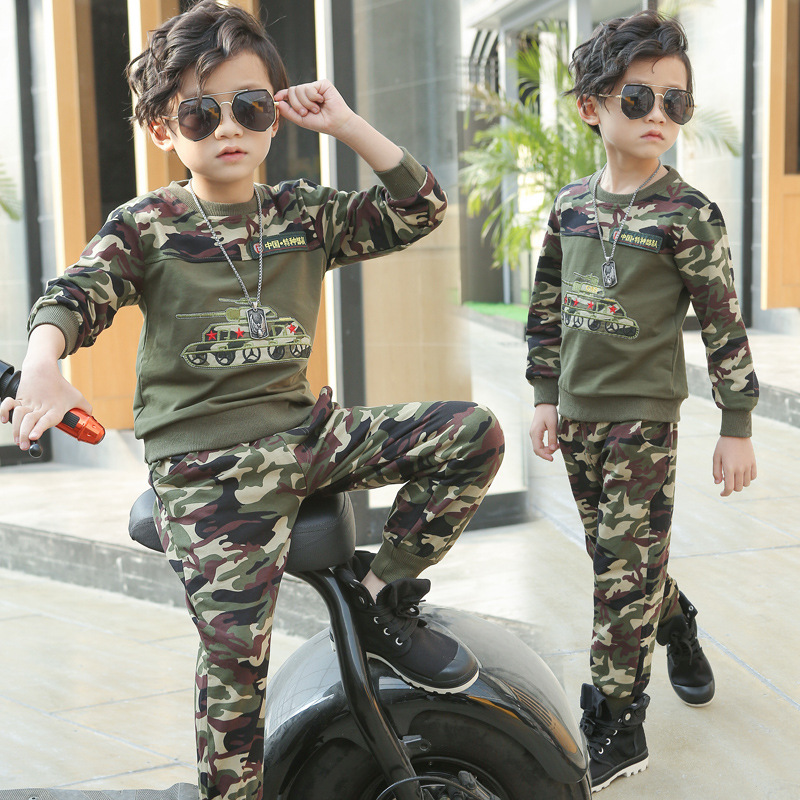 Kids Boys Spring / autumn camouflage 2 pcs set 2017 new baby boys clothing fashion printed tank suit 4/5/6/7/8/9/10/11/12/13 boys camouflage sports suits 2017 new autumn cotton boys long sleeve sportswear 2 pcs set children clothing 3 5 7 9 11 14 y 6