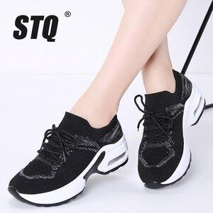 Image 1 - STQ 2020 秋の女性スニーカー身長の増加女性の靴 Chaussures ファムつるモカシン靴 20209