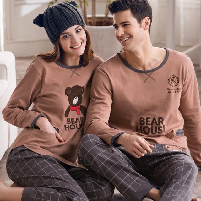 Os Amantes de outono 100% Algodão Sleepwear Masculino Ou Feminino da Longo-luva de Algodão Urso Dos Desenhos Animados Salão 100% Primavera E Conjunto outono