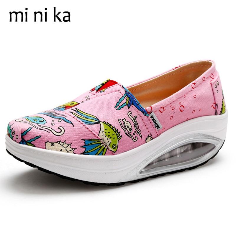MINIKA Cartoon Fish Platform Canvas Women Flats Height Increasing Casual Women Flat Shoes 2017 Summer Ladies Boat Shoes SNE-796