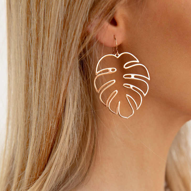 Bohemian Hollow Monstera Leaf Dangle Drop Earrings Women Tropical Plant Leaves Brincos Statement Holiday Jewelry Party Gifts