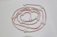 Moda Różowe Skórzane Długi Naszyjnik Biały Freshwater Pearl Biżuteria Skórzana 48 Cali 10x12mm