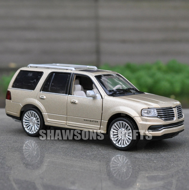 1 36 Diecast Model Toys Pull Back Car Suv Lincoln Navigator Replica