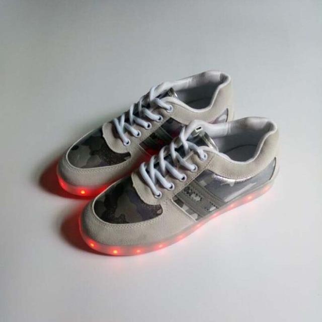 € 17.62 25% de réduction|Euro taille 34 44 Adulte LED Lumineux chaussures Homme et Femmes USB Charg chaussures marque homme chaussures mode unisexe