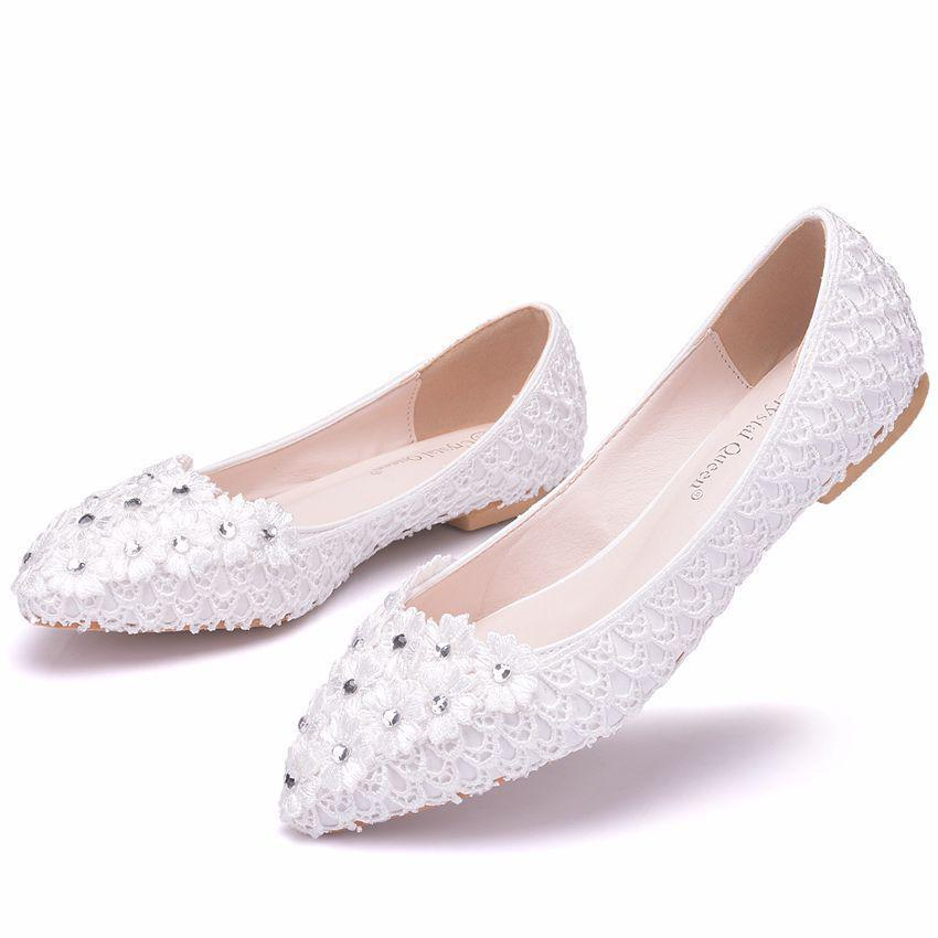 f6d9ba18596c Woman White Lace Wedding Shoes Flowers Slip On Pointed Toe Crystal Flats  Women Beaded Ballet Wedding