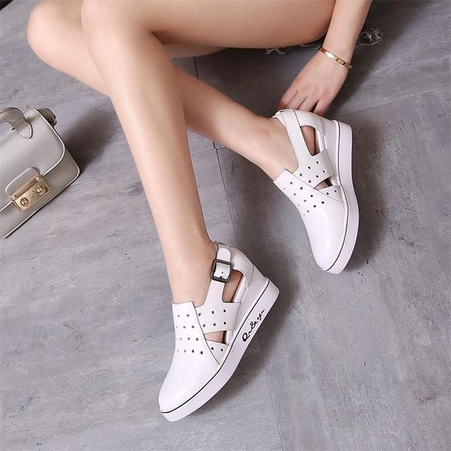 2016 mujeres del verano hueco transpirable mocasines zapatos aumentó dentro de los zapatos de cuero sandalias túnel blanco suelas de los zapatos de doug