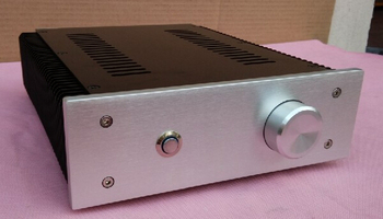 A complete version of the small aluminum amplifier chassis (218 * 70 * 260)