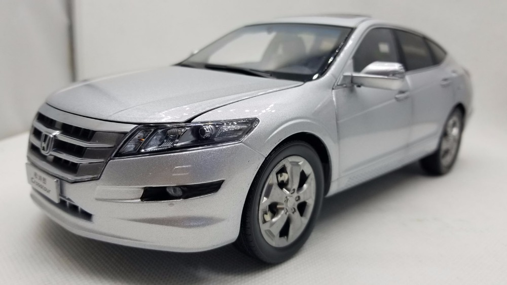 1:18 Diecast Model for Honda Crosstour 2011 Silver Sportback Rare Alloy Toy Car Miniature Collection Gifts Accord стоимость