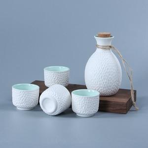Japanese Style Sake Flagon Set With 4 Wine Mug Cups Hip Flasks Ceramic Crafts Liquor Saka Stoup Wine Pot Suit Bottle For Alcohol(China)